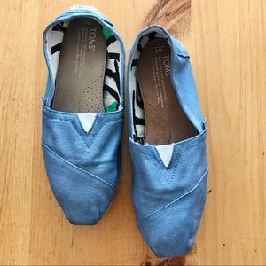 TOMS - Hand Painted Blue/Purple Metallic - Size 7